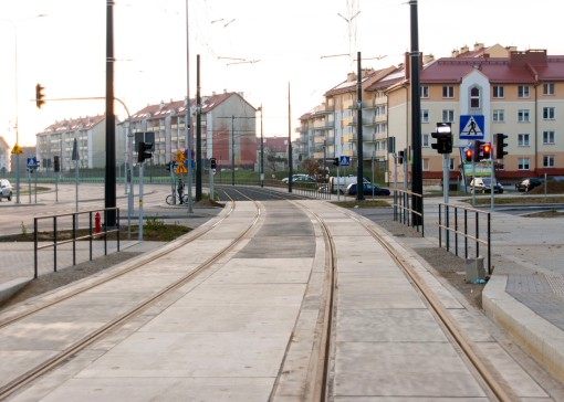 Linia tramwajowa przy ulicy Witosa (31 października 2015) - skrzyżowanie z ulicą Janowicza