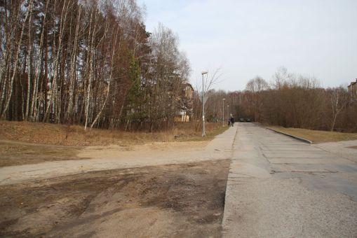 Miejsce planowanego tramwajowego przystanku końcowego Pieczewo przy ulicy Wilczyńskiego (29 lutego 2016)