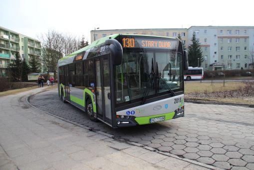 Solaris Urbino 18 IV #2018 na linii 130 na pętli Pieczewo (29 lutego 2016)