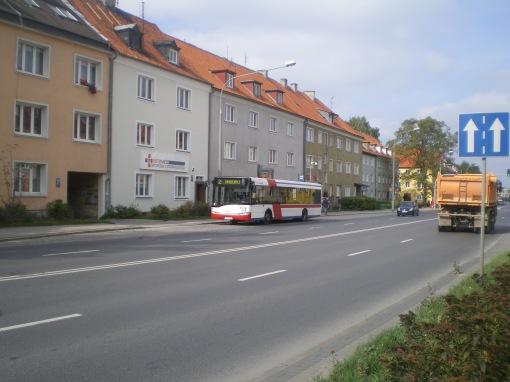 Solaris Urbino 12 III #933 na linii 2 na przystanku Limanowskiego (14 września 2015)
