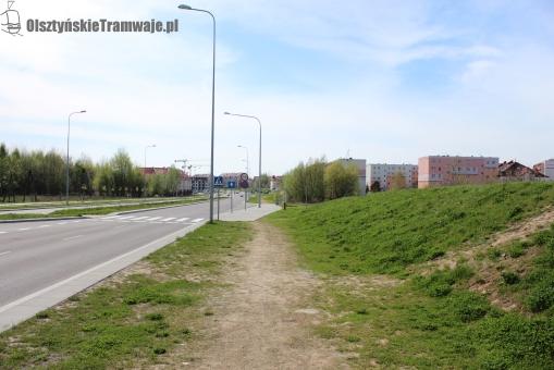 Ulica Witosa przy skrzyżowaniu z ulicą Myszki Miki (29 kwietnia 2012)