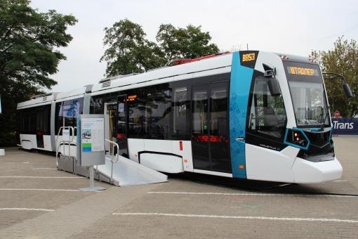 Prototyp Stadlera Metelica na targach Inno Trans 2014 w Berlinie