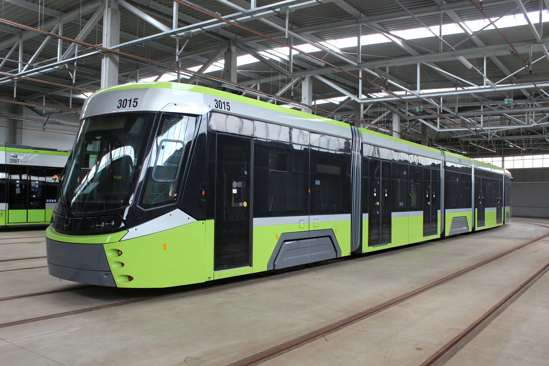 Durmazlar Panorama Olsztyn DRP5H05 #3015 w hali postojowej zajezdni tramwajowej (8 lipca 2020)