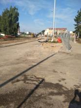 Budowa linii tramwajowej w ulicy Wilczyńskiego, w okolicach skrzyżowania z ulicą Jeziołowicza (13 sierpnia 2021)