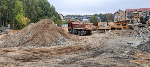 Budowa linii tramwajowej w ulicy Wilczyńskiego, w okolicach przyszłego przystanku końcowego Pieczewo (2 października 2021)