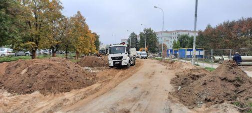 Budowa linii tramwajowej w ulicy Wilczyńskiego, w okolicach skrzyżowania z ulicą Panasa (2 października 2021)